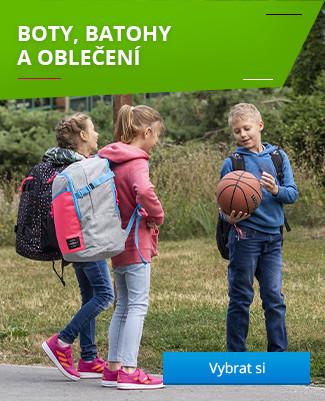 Boty, batohy a oblečení na cestu do školy