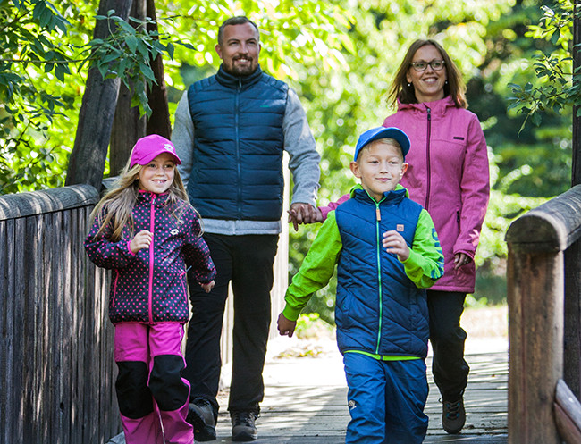 Jesenná a zimná móda a oblečenie na šport pre celú rodinu