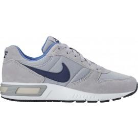 Nike NIGHTGAZER - Dětské volnočasové boty