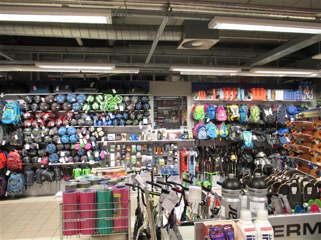 SPORTISIMO Hradec Králové  : Orlice park shopping